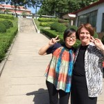 A snapshot with UMPI Alum Sha Liu and President Schott