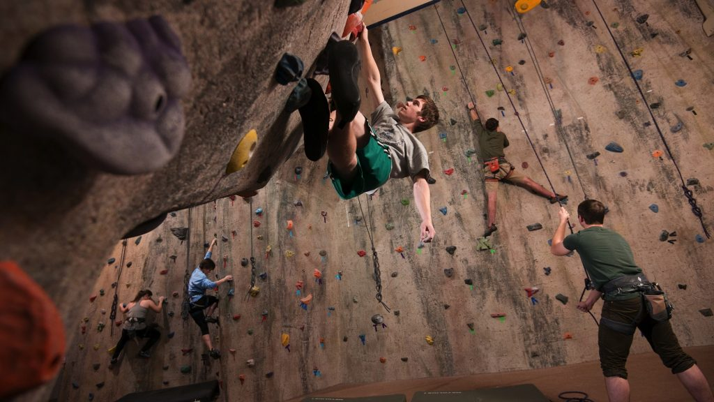 climbing-the-gentile-hall-rock-wall